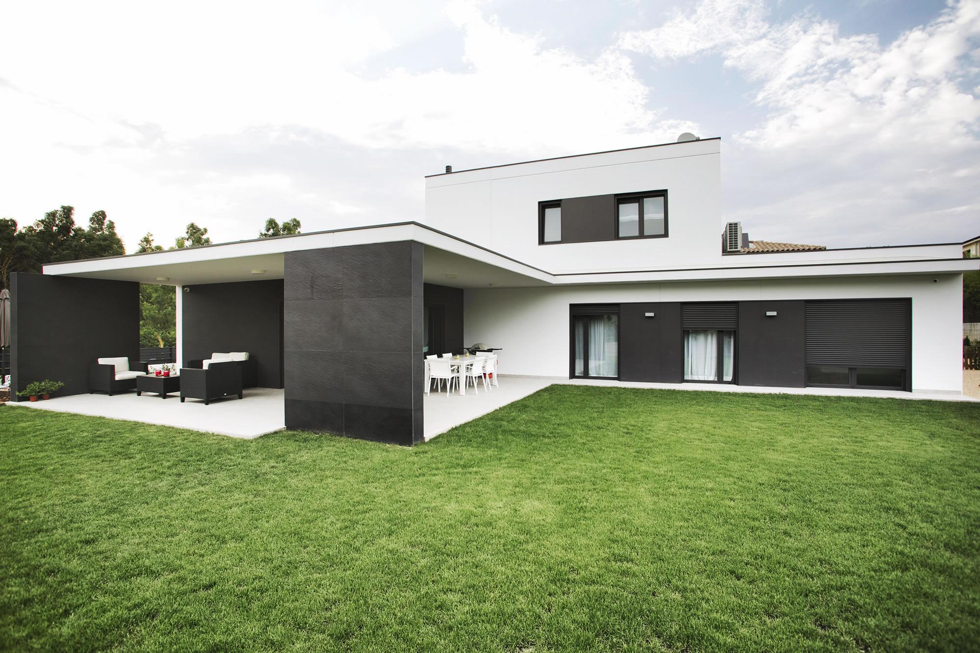 Casa girona 2 casas prefabricadas de hormig n hormipresa - Casas prefabricadas hormigon barcelona ...